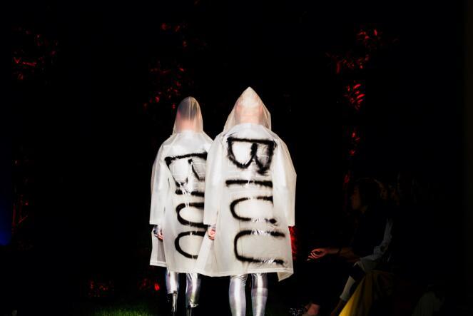 神游太空探索未知 BIUU撑起了神人魔三界的时尚值